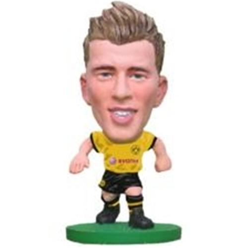 Erik Durm -  Borussia Dortmund